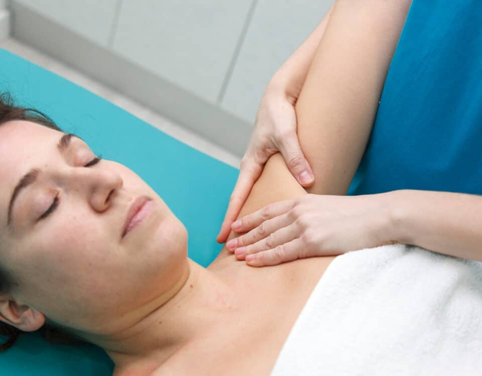 massaggio linfodrenaggio ascellare